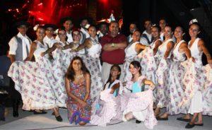 BETINA CON EL BALLET MUNICIPAL EN COSQUIN 2017
