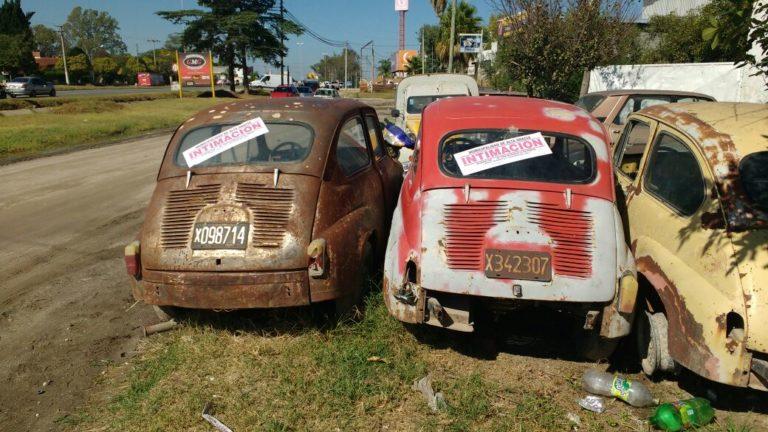 Continúa la remoción de vehículos abandonados de la vía pública