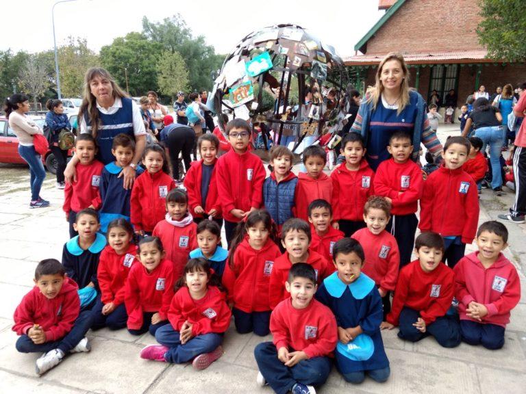 El Municipio junto a Jardines de infantes celebraron el Día Internacional de la Tierra