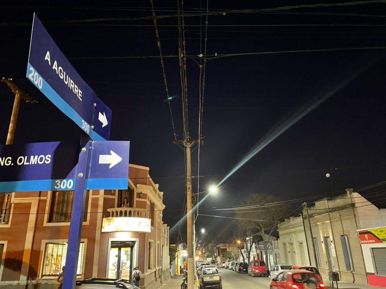 Nueva iluminación Led y puesta en valor de calle Agustín Aguirre